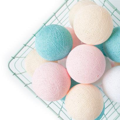 Cottonball lights soft pastel M
