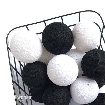 Cottonballs zwart wit