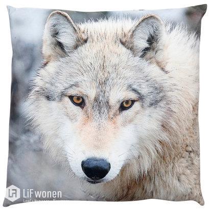 Kussen met wolf